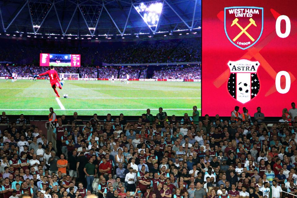 West Ham United fans stand up in behind the goal during the UEFA Europa League - Play Off match at the London Stadium, London. PRESS ASSOCIATION Photo. Picture date: Thursday August 25, 2016. See PA story SOCCER West Ham. Photo credit should read: Nick Potts/PA Wire